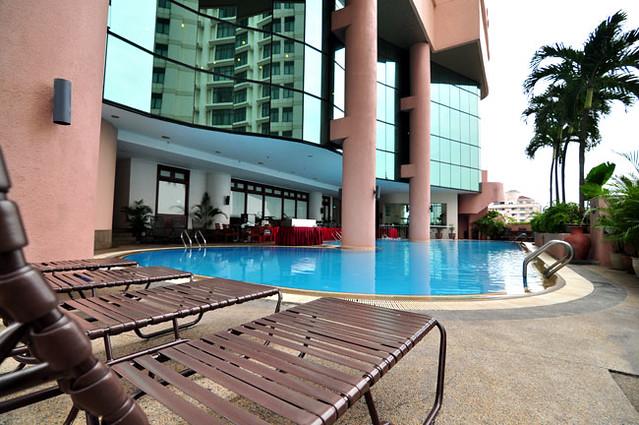 Dorsett regency kuala lumpur swimming pool flickr - Piccolo hotel kuala lumpur swimming pool ...