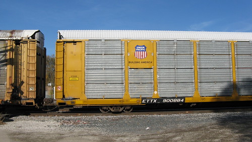 Union Pacific Auto Rack car.  Franklin Park Illinois USA. Saturday, November 5th, 2011. by Eddie from Chicago