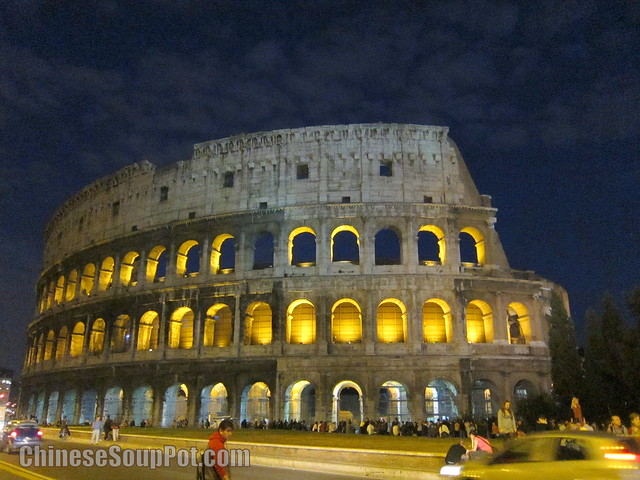 [photo-Roman Colosseum Amphitheater at Dusk]