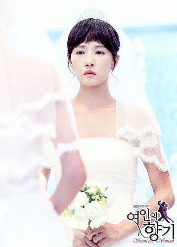 430px-Scent_of_a_Woman_(Korean_Drama)-45