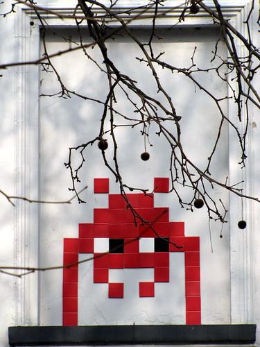 street art & graffiti Brussels - Space Invader by _Kriebel_