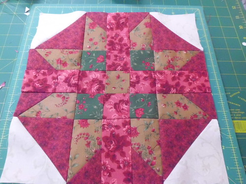 Christmas Rose Block