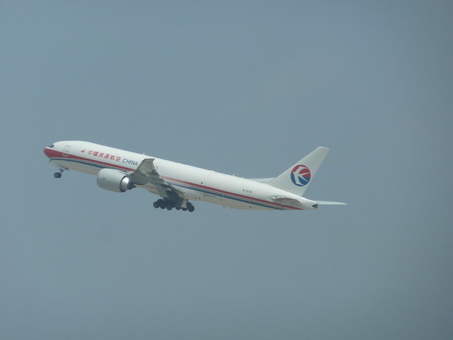 China Airlines B2079 Boeing 777-F6N Cargo Jet seconds after Take-off from LAX