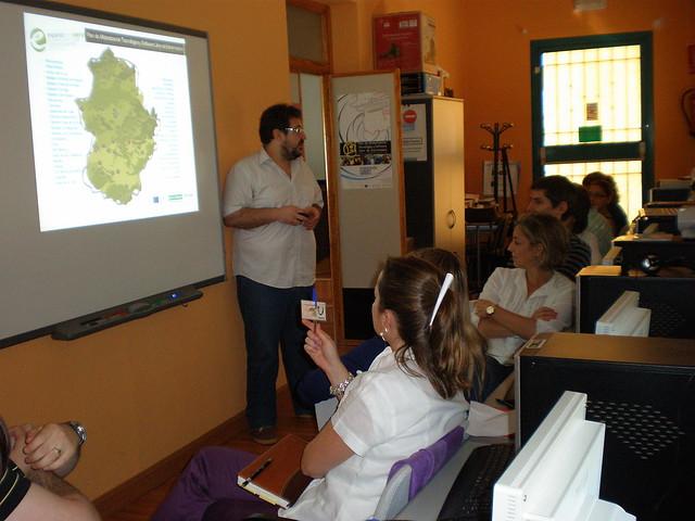 www consejeria de empleo y mujer: