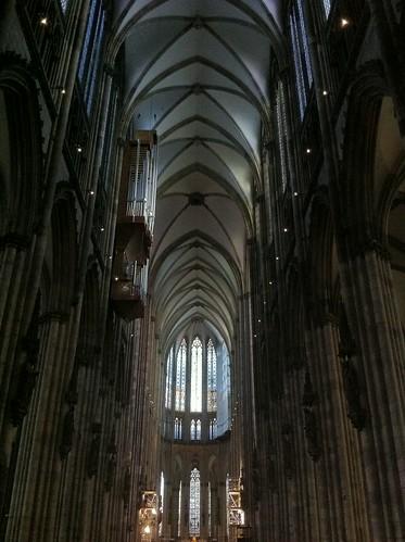 QUÉ HACER EN COLONIA: Interior de la catedral de colonia qué hacer en colonia - 6249162670 3a6fd635b6 - Qué hacer en Colonia, Alemania