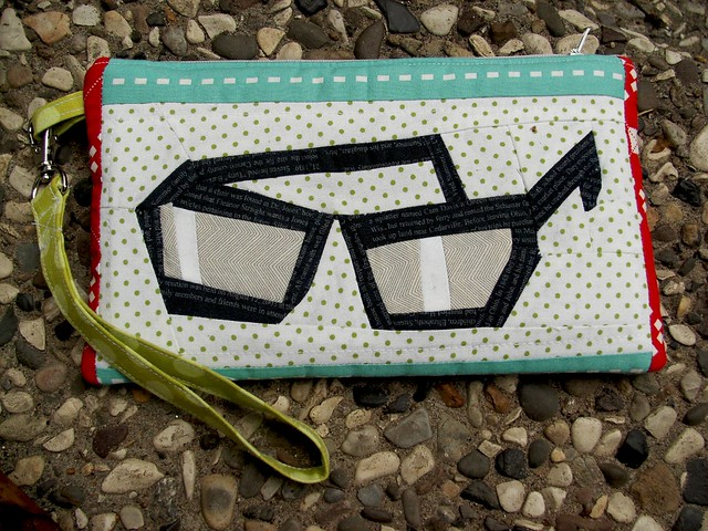 glasses pouch side 2