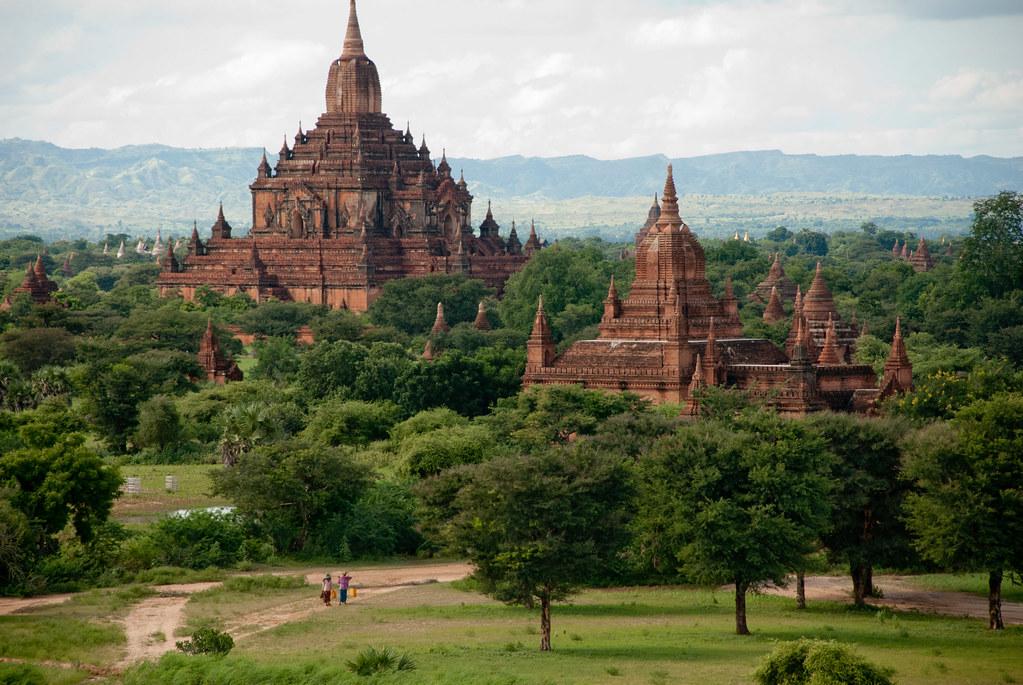 Pyathada Paya, Bagan, Myanmar