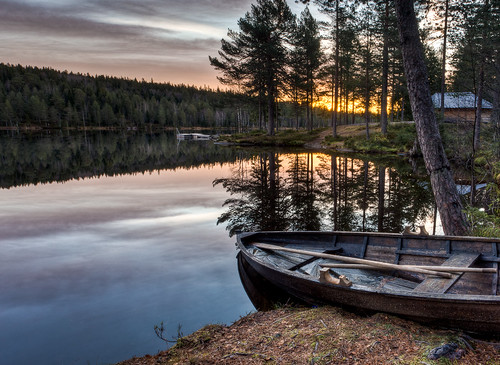 morning lake norway sunrise boat norge skandinavien norwegen noruega scandinavia noreg skandinavia 2011 ef1740mmf4lusm canoneos5dmarkii mortenprom