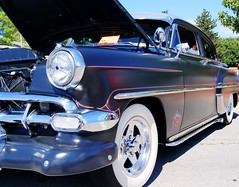 automobile, automotive exterior, pontiac chieftain, vehicle, custom car, automotive design, full-size car, hot rod, antique car, chevrolet bel air, sedan, vintage car, land vehicle, luxury vehicle, motor vehicle,