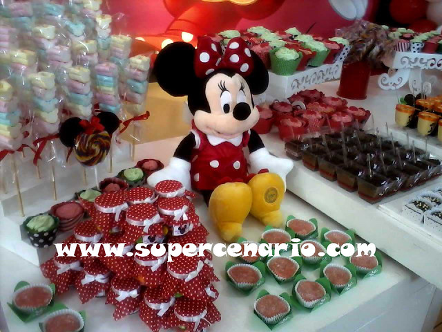 decoracao festa infantil yellow submarine:Decoração Clean Festa Infantil Minnie