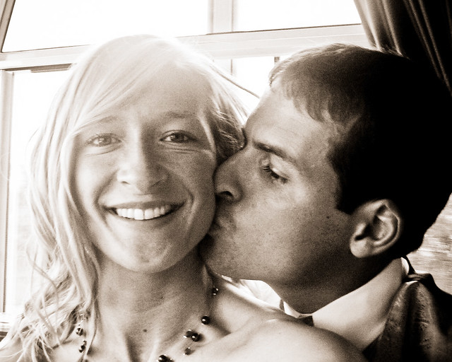 josh and rachel kiss_