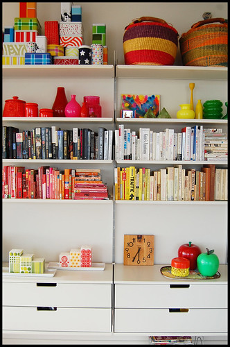 vitsoe shelving in living room