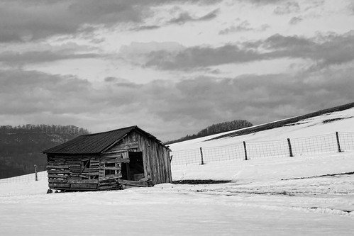 The Frittered Old Barn
