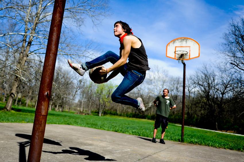 032212 006 trail basketball ak