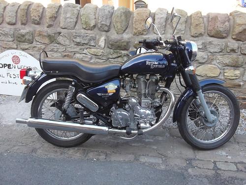 Royal Enfield Motorbike-cycle