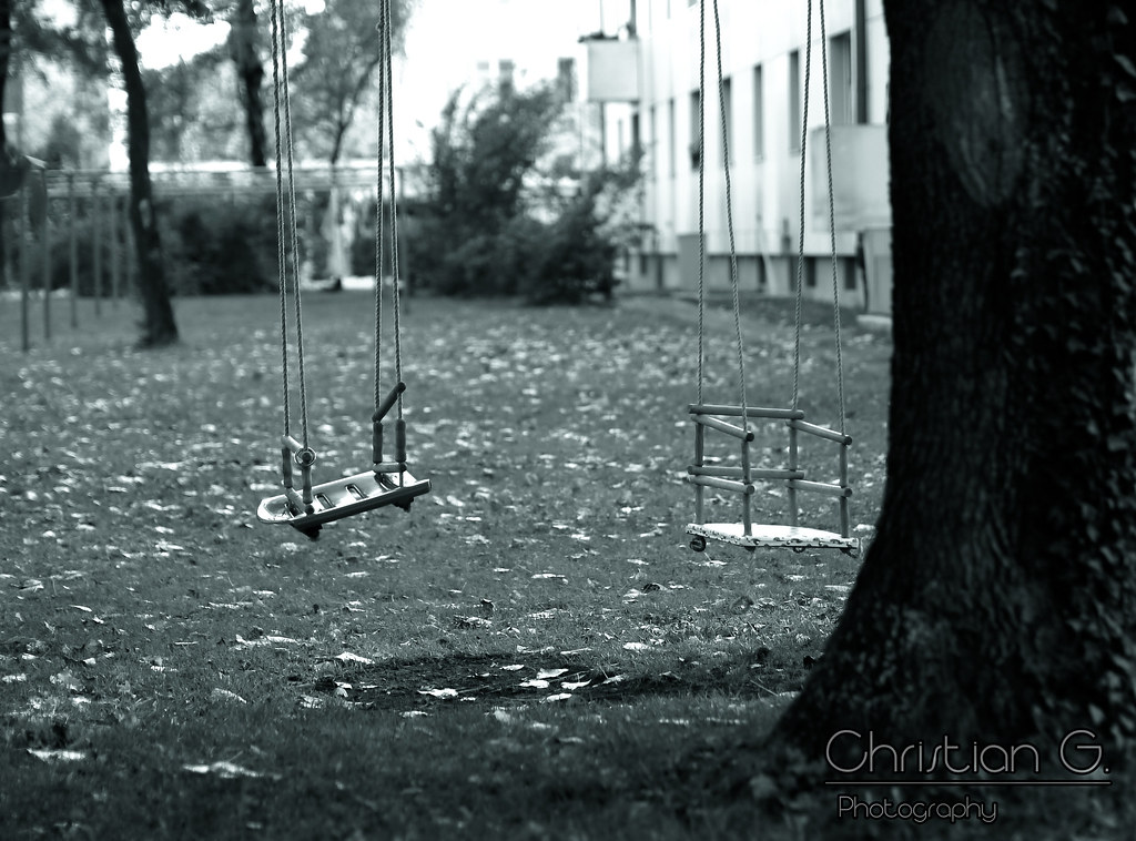 Empty Swings / 45mm M. zuiko blue tone