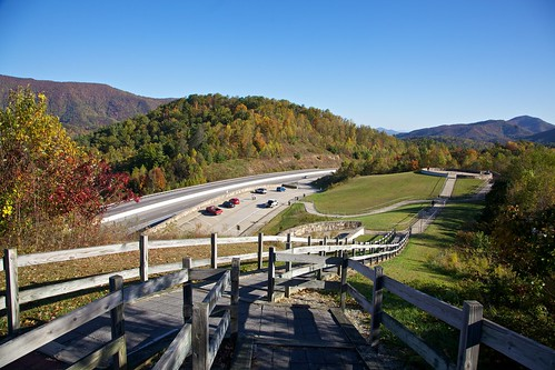 tennessee fallcolors reststop restarea highway26 24105l tennesseehighways highway26tennessee