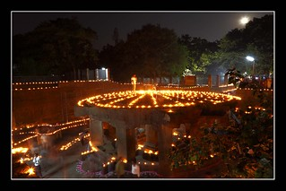 Billede af Pataleshwar. nightphotography light heritage history landscape caves pune digitalphotography pataleshwar deepotsav editorialimages canon5dmarkii ramnathbhat tripuraripoornimadeepotsav