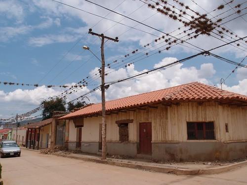 Bolivia 11 085
