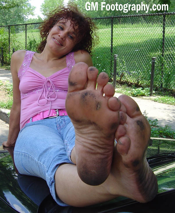 Mature womens feet pictures