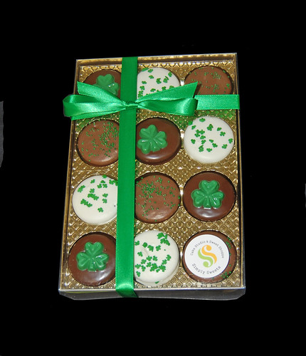 St Patricks Day Oreo gift boxes