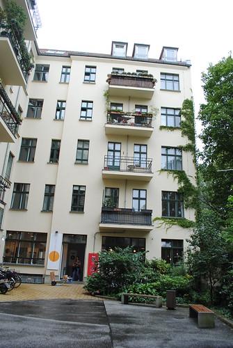 mitte apartment berlin