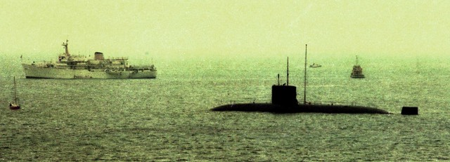 HMS Churchill (S46) Churchill Class Fleet Submarine HMS Hecla (A133) Hecla Class Survey Ship Silver Jubilee Spithead Fleet Review from HMS Hermes (R12) 1977