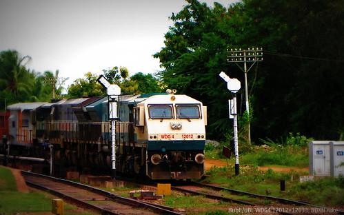 train ir loco locomotive railways indianrailways emd gmemd wdg4