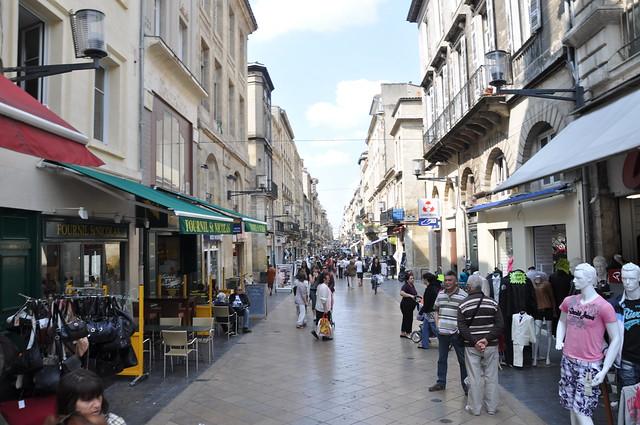 http://hojeconhecemos.blogspot.com.es/2011/04/do-rue-sainte-catherine-bordeus-franca.html
