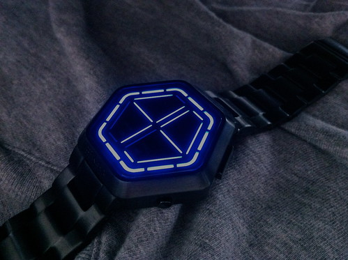 Tokyoflash Kisai Night Vision Blue LED Watch Design