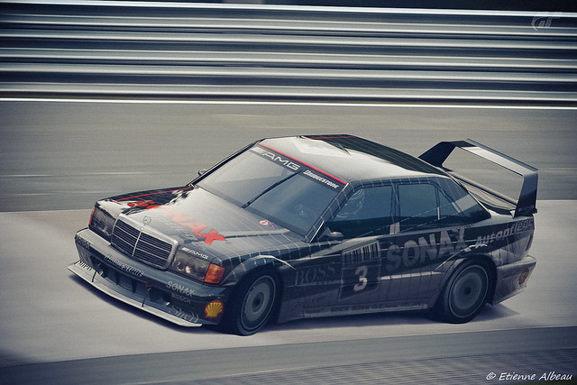 Mercedes benz 190 e 2 5 16 evolution ii touring car for Mercedes benz touring car