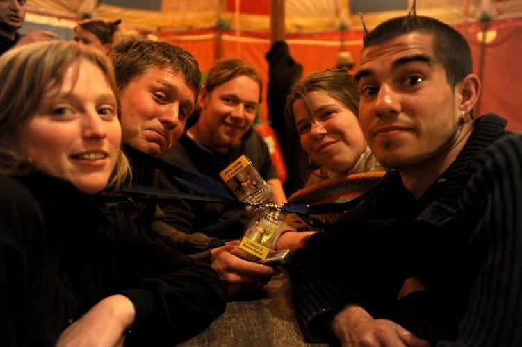 « Tant qu'il y aura des Mouettes #3 », parmi les gens du festival, avril 2010 - © Sébastien Armengol