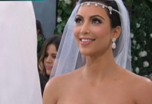 Kim Kardashian ASS Bride!