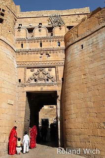 Jaisalmer - Entry to the Fort