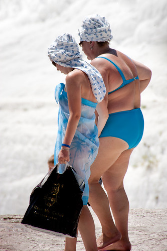 Pamukkale ladies in blue