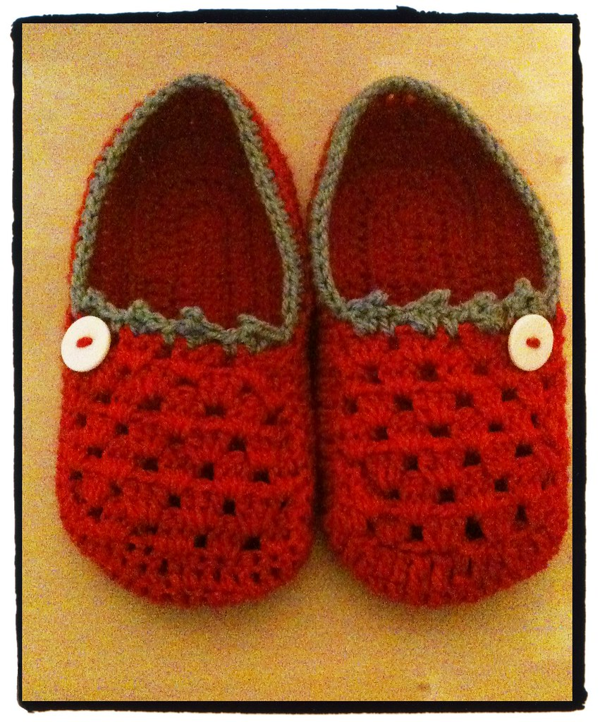 186b1b160a7 Cocoon slippers | abusy littlehook | Flickr