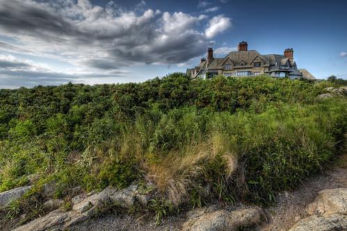ri rhodeisland newport mansion cliffwalk handheldhdr