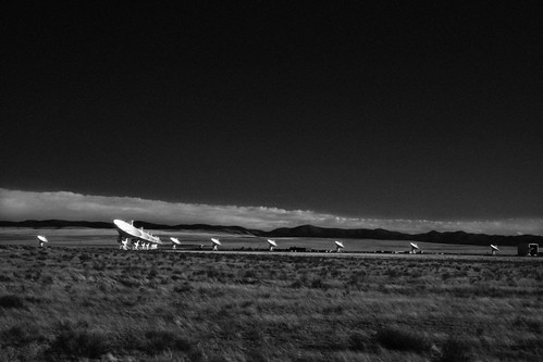 Very Large Array, New Mexico, 2008 (2011) by Juli Kearns (Idyllopus)