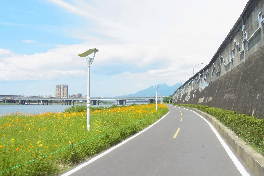 Taipei cycling road