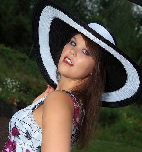 gladbrook singles & personals Iowa women personal ads searching for true love, dating, romance, and marriage free chat with our single iowa girls totally free dating classifieds in iowa, united states.