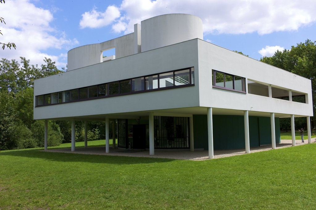 Villa savoye villa savoye le corbusier pierre for Poissy le corbusier