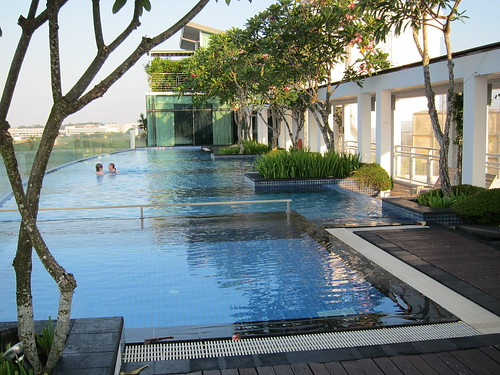 Babymoon staycation at changi village hotel singapore the loving mum - Extraordinary and relaxing rooftop pools ideas ...