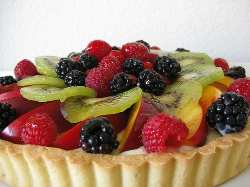 fresh fruit tart side view
