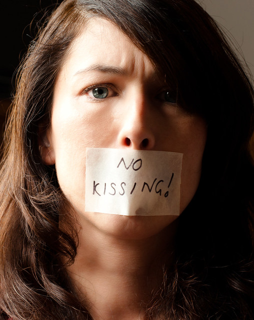 no kissing