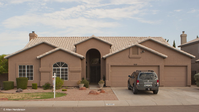 6125676796 1889822362 z Ahwatukee Homes Sales Up 17% in 2011   Price Decline Slows