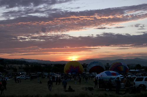 morning sky nevada reno hotairballoons ascent renoballoonraces2011