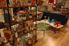 Della Rosa shelf