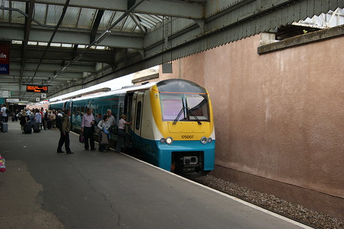 Arriva Trains Wales ATW 175007