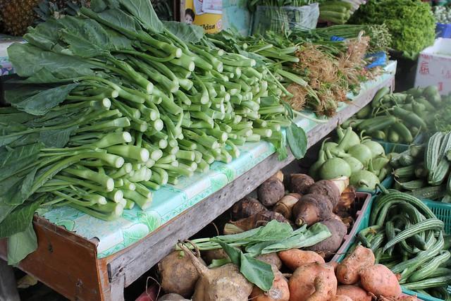 Thongsala Market