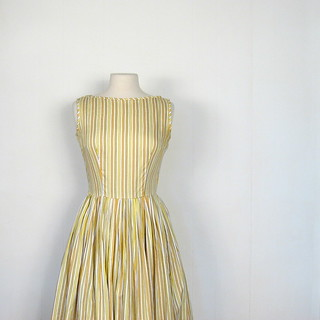 1950s yellow striped full skirt dress
